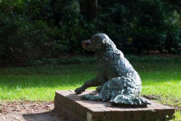 Ludwig Winck: Aufspringender Hund, (Foto: KUNST@SH/Jan Petersen, 2018)
