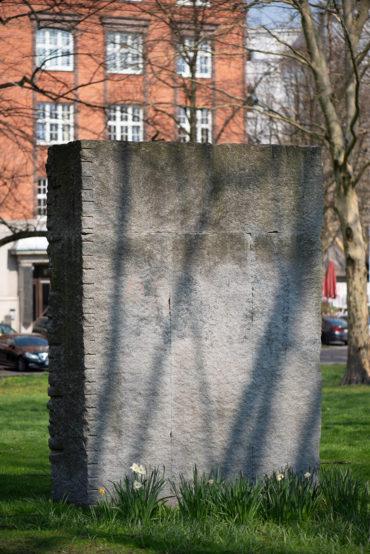 Ulrich Rückriem: Monument für die Deportierten (Foto: KUNST@SH/Jan Petersen, 2019)