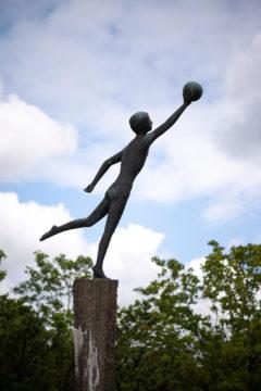 Karlheinz Goedtke: Ballspiel (Foto: KUNST@SH/Jan Petersen, 2019)
