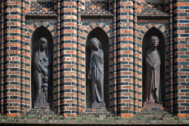 Gerhard Marcks: Gemeinschaft der Heiligen (Foto: KUNST@SH/Jan Petersen, 2019)