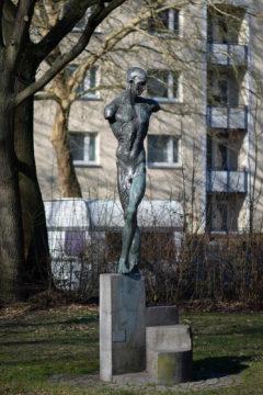 Doris Waschk-Balz: Männlicher Torso (Foto: KUNST@SH/Jan Petersen, 2019)