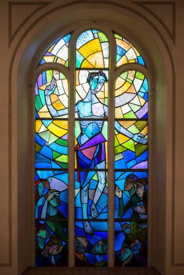 Carl Fey: Fenster der Nikolaikirche (Foto: KUNST@SH/Jan Petersen, 2019)