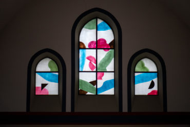 Hans Kock: Farbfenster St. Ansgar (Foto: KUNST@SH/Jan Petersen, 2019)