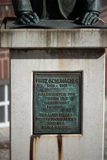 Adolf-Friedrich Holstein: Büste Fritz Schumacher (Foto: KUNST@SH/Jan Petersen, 2019)