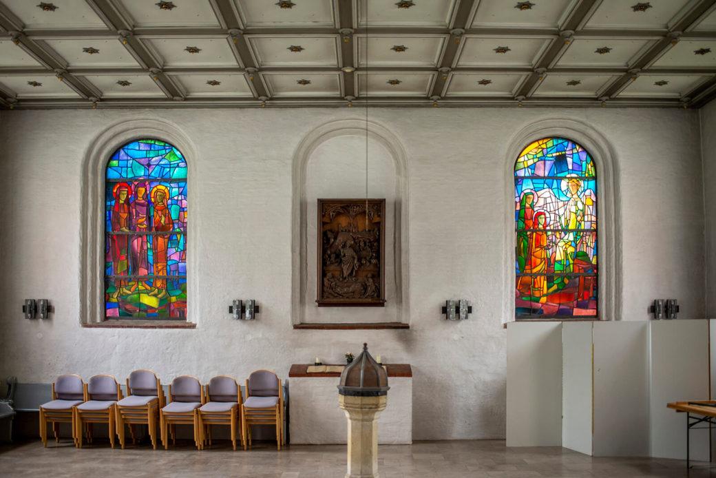 Dagmar Schulze-Ross: Buntglasfenster Sankt Jürgen (Foto: KUNST@SH/Jan Petersen, 2019)