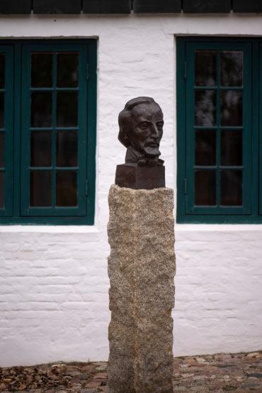 Manfred Sihle-Wissel: Denkmal für Klaus Groth (Foto: KUNST@SH/Jan Petersen, 2019)
