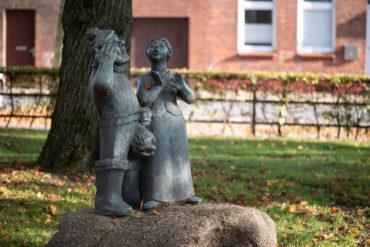 Ursula Hensel-Krüger: De Fischer un sine Fru (Foto: KUNST@SH/Jan Petersen, 2019)