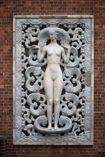 Richard Luksch: Die Kunst - weiblich (Foto: KUNST@SH/Jan Petersen, 2020)