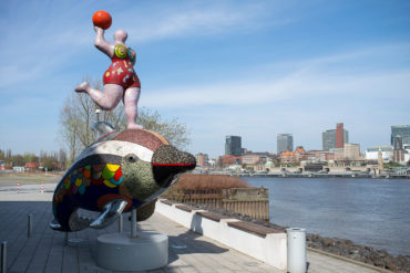 Niki de Saint Phalle: Nana and Dolphin (Foto: KUNST@SH/Jan Petersen, 2020)