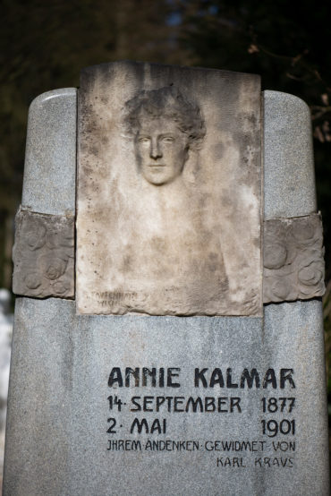 Richard Tautenheyn: Grabmal Kalmar (Foto: KUNST@SH/Jan Petersen, 2020)