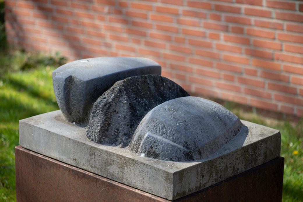 Ricarda Wyrwol: Drei Arten zu liegen (Foto: KUNST@SH/Jan Petersen, 2020)