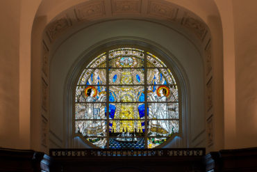 August Vogel: Tympanonfenster St. Michaelis (Foto: KUNST@SH/Jan Petersen, 2020)