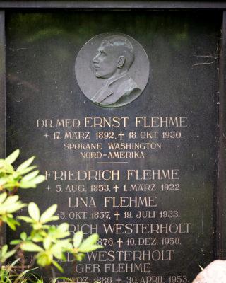 Otto Flath: Grabmal Flehme (Foto: KUNST@SH/Jan Petersen, 2020)