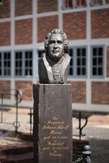Gisela Varzandeh: Büste Johann Adolf Hasse (Foto: KUNST@SH/Jan Petersen, 2020)