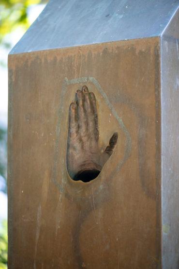 Timm Ulrichs: Denkmal für Wolfgang Borchert (Foto: KUNST@SH/Jan Petersen, 2020)