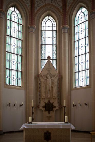 Josef Baron: Chorfenster (Foto: KUNST@SH/Jan Petersen, 2020)