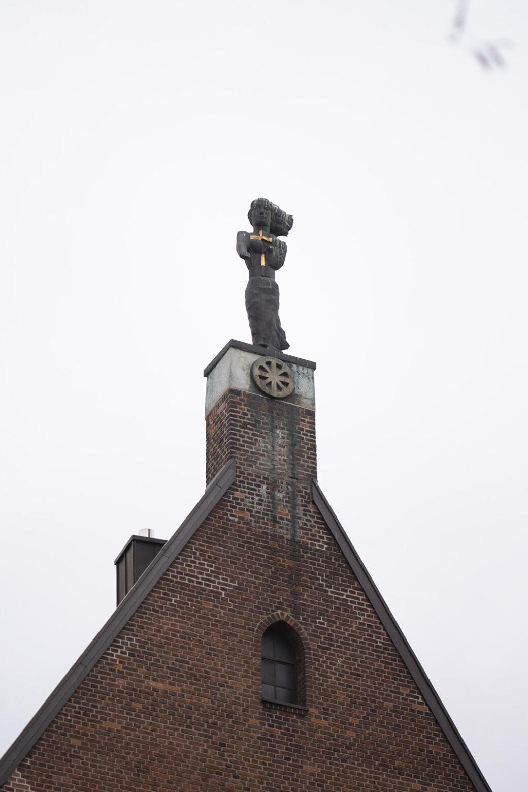 Hans Kock: Heilige Katharina (Foto: KUNST@SH/Jan Petersen, 2021)