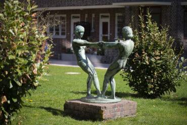 Ludolf Albrecht: Tanzende Mädchen (Foto: KUNST@SH/Jan Petersen, 2021)