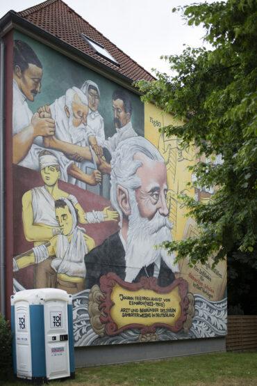 Chunkymaggots & Wandgestalten: Friedrich von Esmarch (Foto: KUNST@SH/Jan Petersen, 2021)