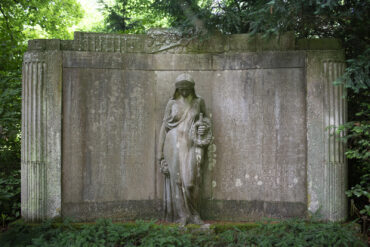 Heinrich Mißfeldt: Grabmal Dorn (Foto: KUNST@SH/Jan Petersen, 2021)