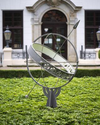 Ernst Hanssen: Äquatorial-Sonnenuhr (Foto: KUNST@SH/Jan Petersen, 2021)