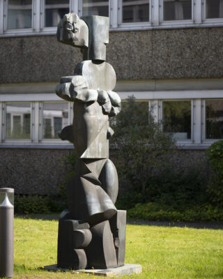 Hans Kock: Stele Maritim (Foto: KUNST@SH/Jan Petersen, 2021)