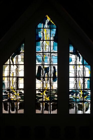 Theo M. Landmann: Fenster der St. Stephanus Kirche (Foto: KUNST@SH/Jan Petersen, 2020)