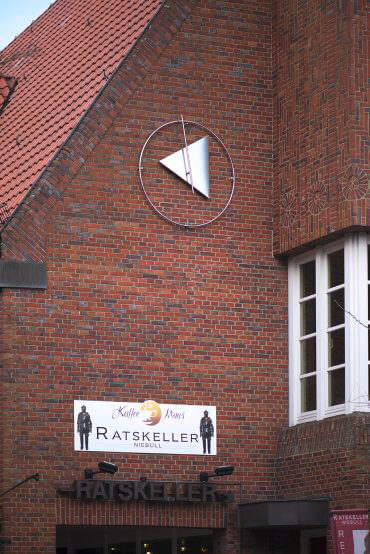 Dieter Koswig: Rathaus-Uhr, (Foto: KUNST@SH/Jan Petersen, 2017)
