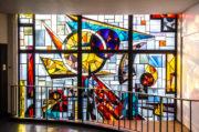 Ernst Günter Hansing: Bleiglasfenster an der HNO Kiel