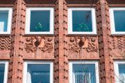 Franz Schweighofer: Figurenfassade Gewerkschaftshaus