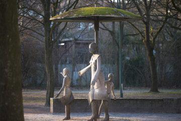 Hans-Joachim Frielinghaus - Bürger im Park, (Foto: KUNST@SH/Jan Petersen, 2017)