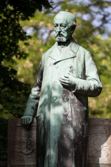Heinrich Mißfeldt: Klaus-Groth-Denkmal, (Foto: KUNST@SH/Jan Petersen)