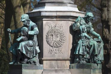 Denkmal für Uwe Jens Lornsen (Foto: KUNST@SH/Jan Petersen, 2017)