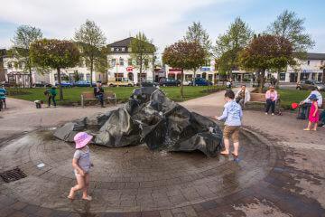 Sven Schöning: Marktbrunnen Kaltenkirchen, (Foto: KUNST@SH/Jan Petersen)