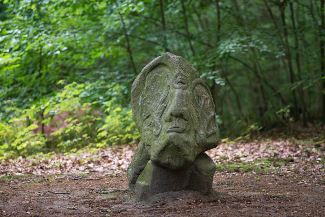 Harald Thoms: Angesichts des Waldsterbens, (Foto: KUNST@SH/Jan Petersen)