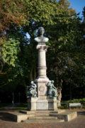 Denkmal für Uwe Jens Lornsen